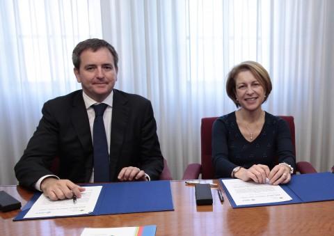 Firma acuerdo CEU e IMED Valencia