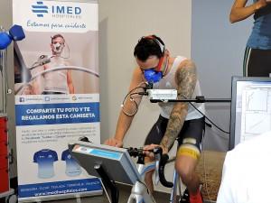 Héctor Barberá durante la prueba de esfuerzo en IMED Valencia